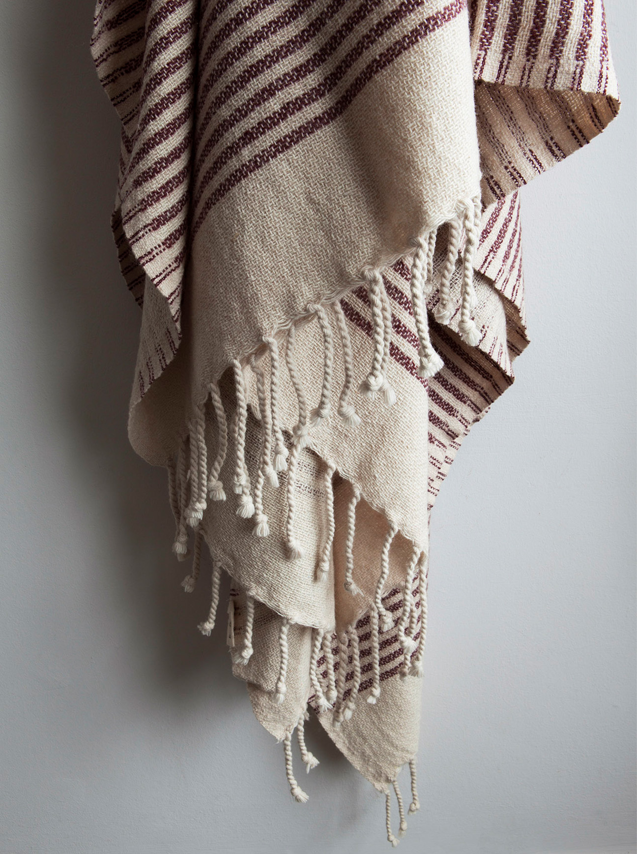 Larusi Store - Wool mix throw