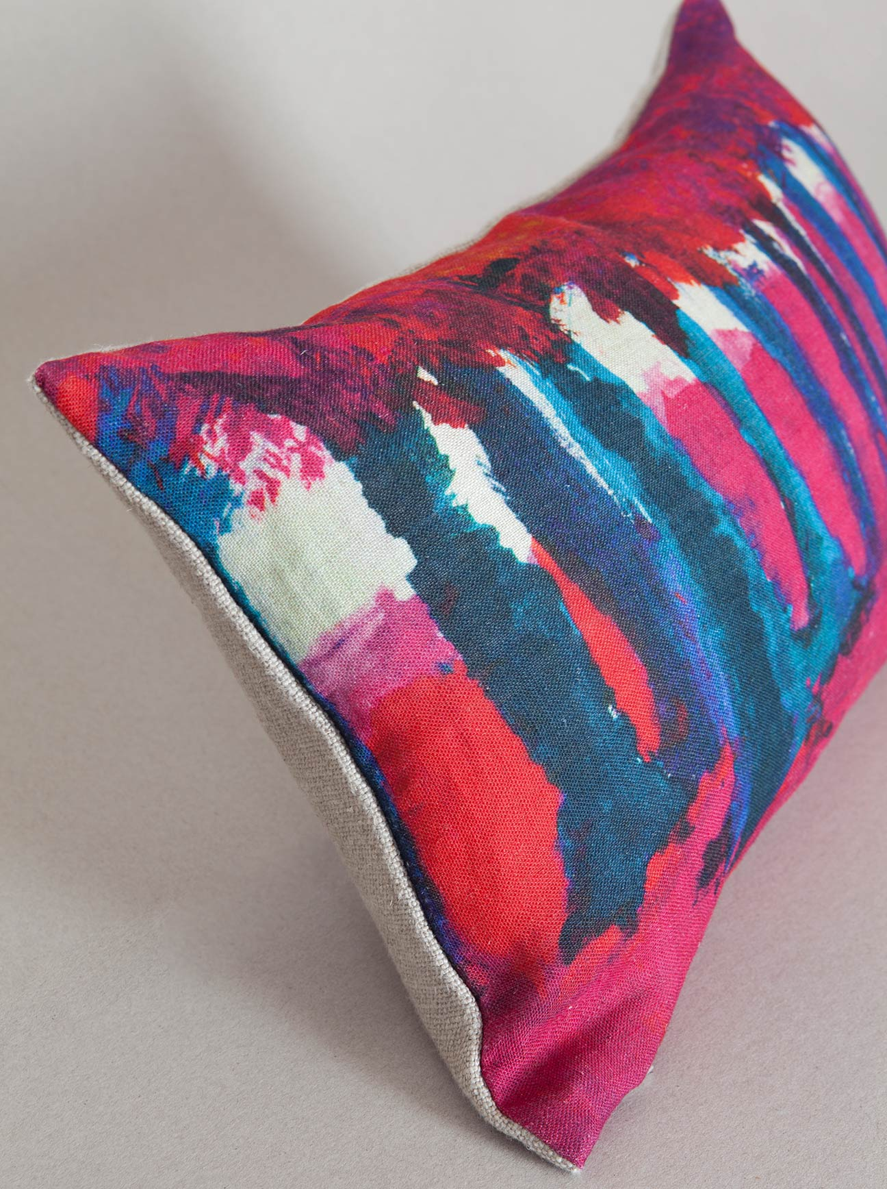 Larusi - Printed cushion cover – Abres Pink
