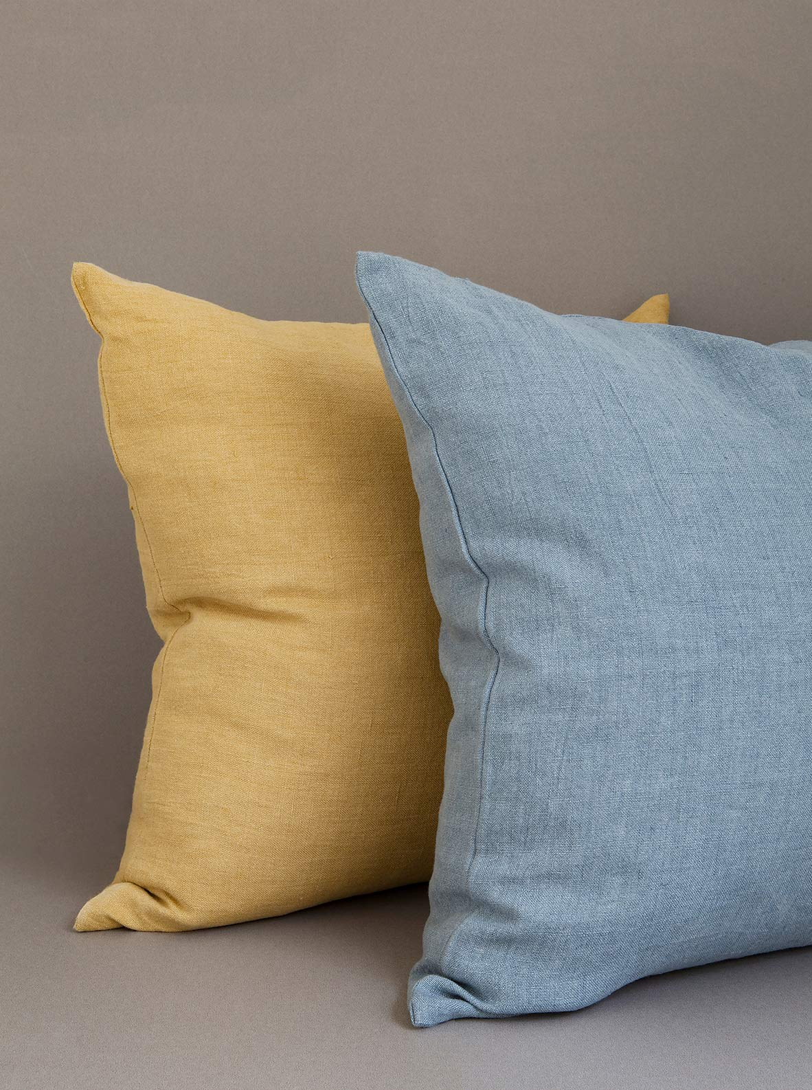 Larusi - Linen cushion cover